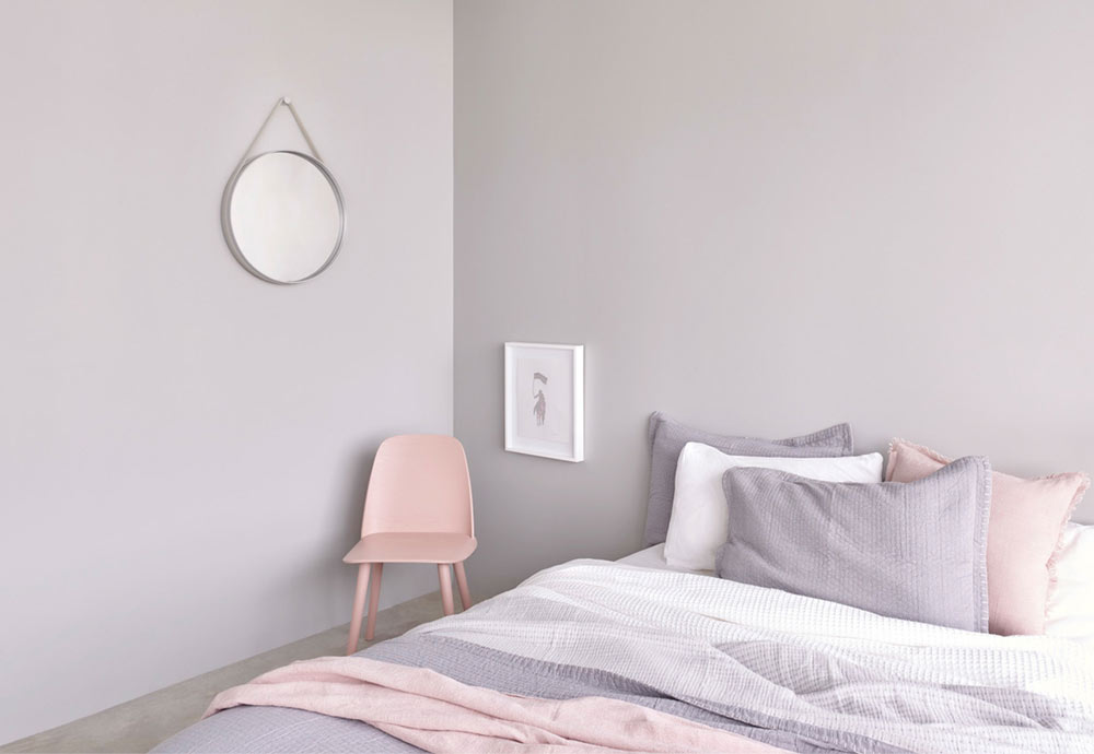 Apartment tour: Monroe pink daydream in Melbourne