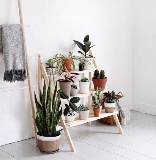 6 ways to use ladders in your apartment